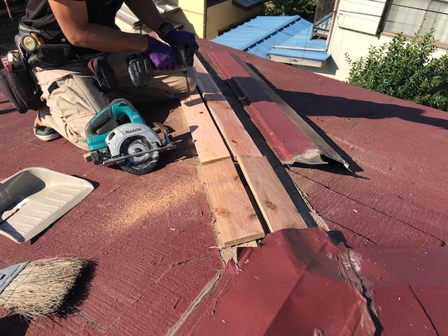 東京都世田谷区 屋根板金工事 スレート屋根 棟包み板金の修理 (2)