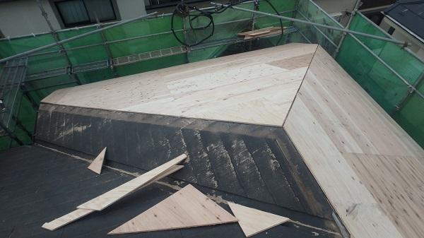 東京都杉並区 屋根カバー工法 野地板、ルーフィング張り (1)