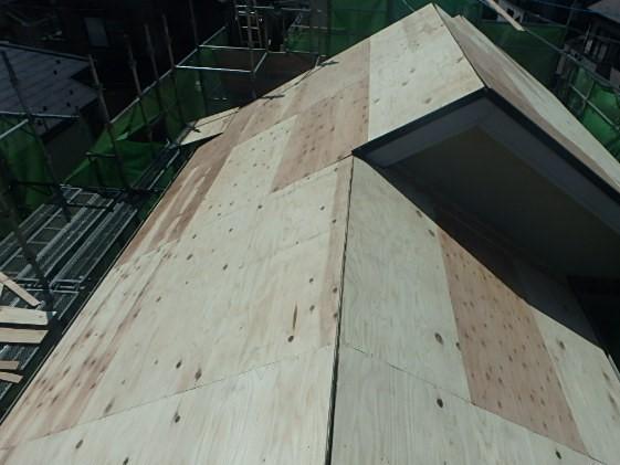 東京都中野区 屋根カバー工法(重ね葺き工事) スレート屋根(コロニアル)
