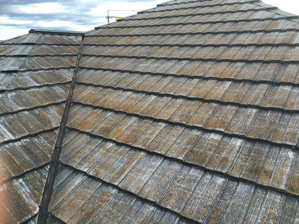東京都世田谷区 屋根塗装 雨の日の高圧洗浄作業 (3)