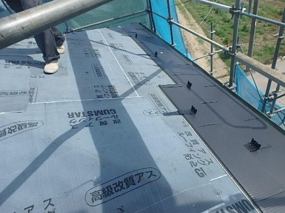東京都中野区 屋根カバー工法(重ね葺き工事) ルーフィング 雪止め ガルバリウム鋼板