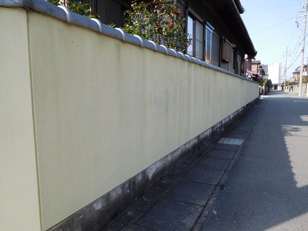 東京都世田谷区 外壁塗装 外構塗装 高圧洗浄 巾木塗装 (1)
