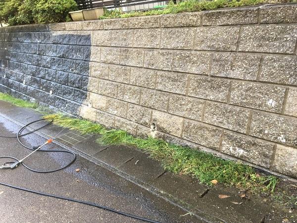 東京都世田谷区 屋根塗装 雨の日の高圧洗浄作業 (7)
