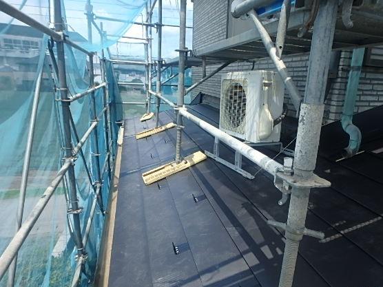 東京都中野区 屋根カバー工法(重ね葺き工事) ルーフィング 雪止め ガルバリウム鋼板 (3)