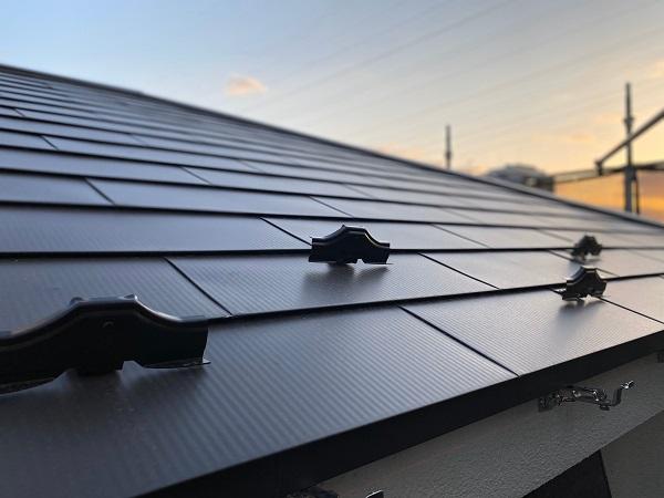 東京都杉並区 屋根カバー工法(ガルバリウム鋼板) 換気棟 雨押え