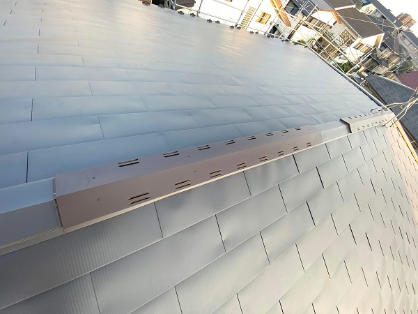 東京都世田谷区 屋根カバー工法(棟板金、雨押え) (1)