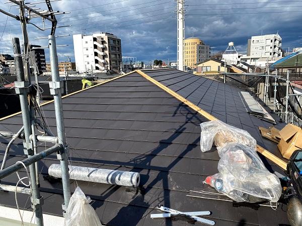 東京都杉並区 屋根リフォーム ガルバリウム鋼板重ね葺き (2)