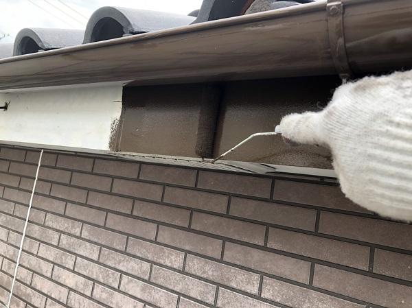 東京都中野区 外壁塗装 外壁中塗り 上塗り作業 (5)