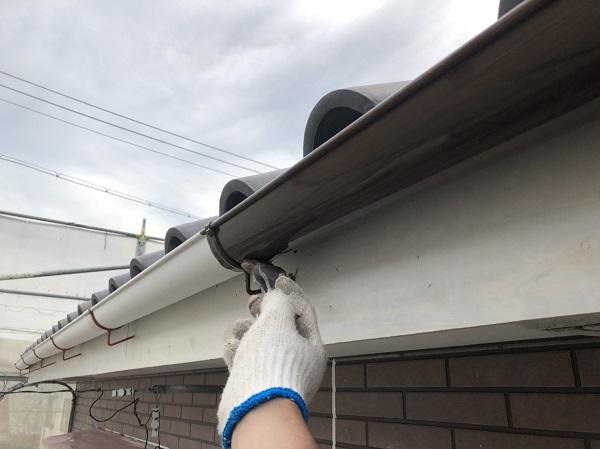 東京都中野区 外壁塗装 外壁中塗り 上塗り作業 (4)