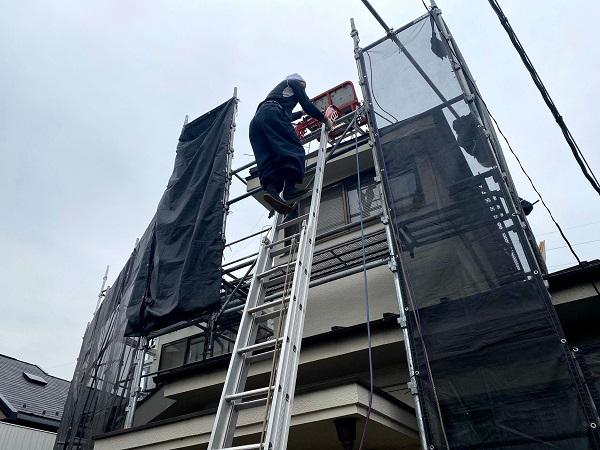 東京都世田谷区 屋根葺き替え工事 古い瓦屋根を和形瓦に葺き替え (1)