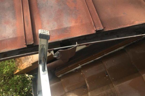 東京都世田谷区 屋根塗装工事 トタン(瓦棒)屋根 (1)