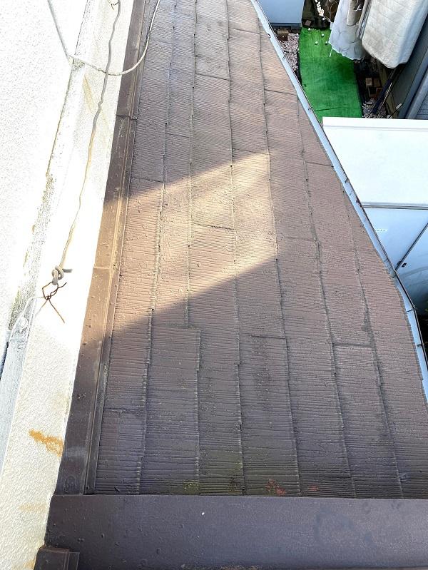 東京都杉並区 屋根カバー工法(重ね葺き工事) ガルバリウム鋼板ににリフォーム (2)