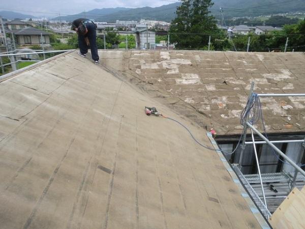 東京都世田谷区 屋根葺き直し工事 スタンビー333フラットタイプ (1)