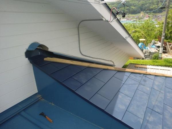 東京都世田谷区 屋根葺き替え工事 瓦屋根をガルバリウム鋼板に葺き替え (3)