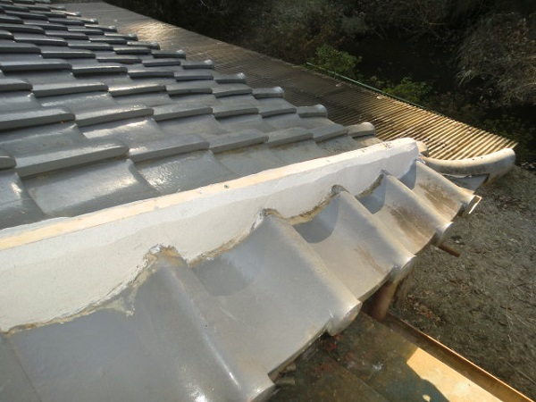 東京都中野区 和形瓦屋根の棟瓦取り直し工事 (4)