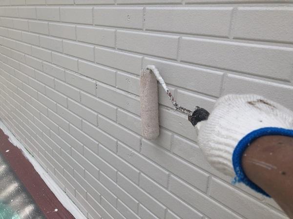 東京都中野区 外壁塗装 外壁中塗り 上塗り作業 (3)