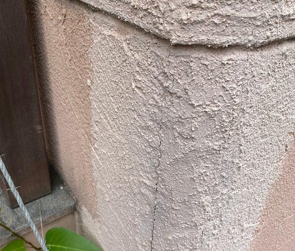 東京都世田谷区 外壁塗装・屋根葺き替え工事・付帯部塗装 下地処理 高圧洗浄~ひび割れ補修