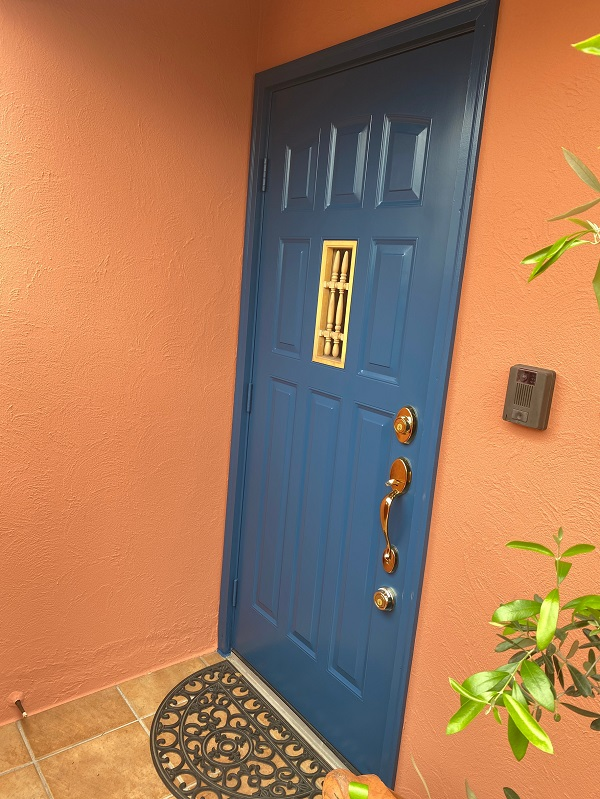 東京都世田谷区 外壁塗装・屋根葺き替え工事・付帯部塗装 玄関ドア (1)