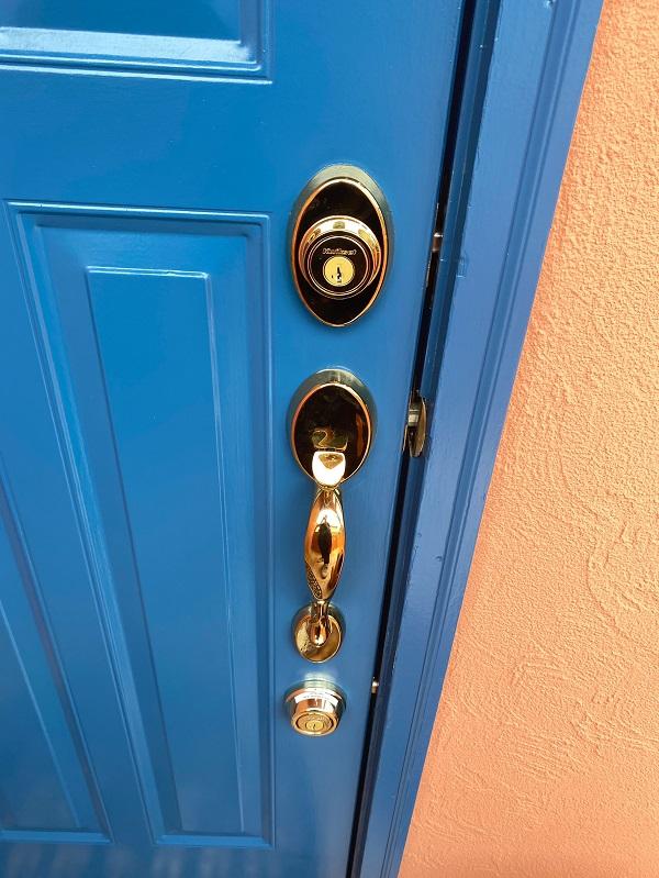 東京都世田谷区 外壁塗装・屋根葺き替え工事・付帯部塗装 玄関ドア (3)
