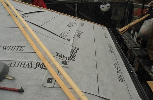 東京都杉並区 屋根葺き替え工事 田島ルーフィング 改質アスファルトルーフィング1