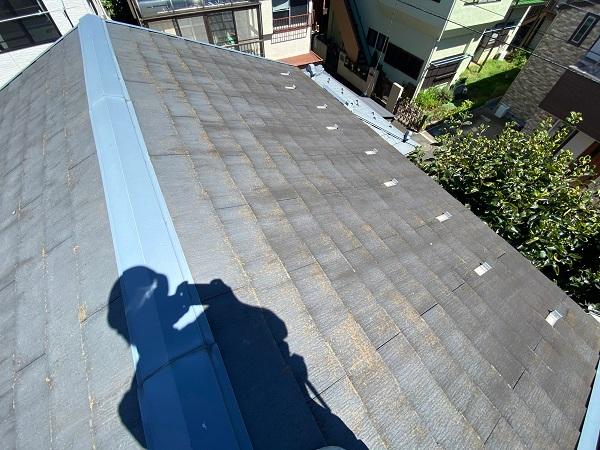 東京都杉並区 屋根カバー工法(重ね葺き工事)・コーキング工事 屋根材の劣化 屋根のリフォーム方法 (4)