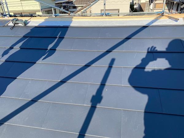 東京都杉並区 屋根カバー工法(重ね葺き工事)・コーキング工事 棟の撤去 ルーフィングの設置 ガルバリウム鋼板へ葺き替え