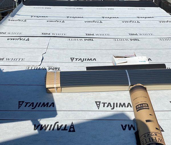 東京都中野区 屋根葺き替え工事 野地板の設置 F☆☆☆☆の構造用合板 田島ルーフィング タディスホワイト (2)