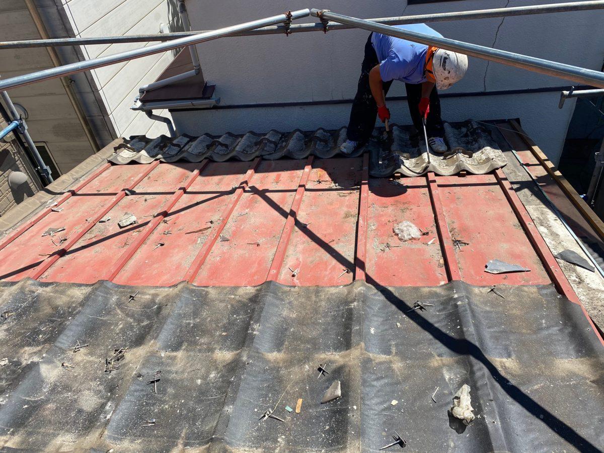 東京都中野区 屋根葺き替え工事 足場設置 既存屋根材の撤去 (4)