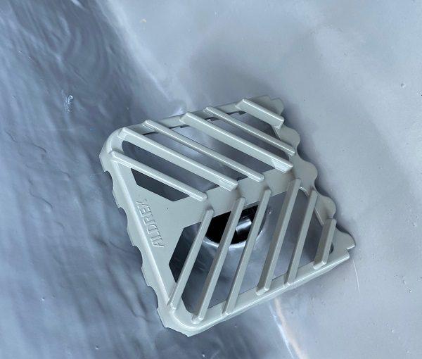 東京都杉並区 防水工事 ベランダ シート防水密着工法の工程 エポキシ樹脂注入 軒天材の交換 (5)