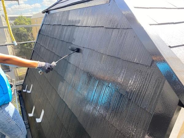 東京都世田谷区 外壁・屋根塗装等外装リフォーム 屋根塗装中塗り・上塗り 日本ペイントサーモアイSi (1)