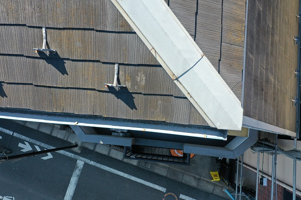 東京都中野区 屋根塗装 現場調査② カビの恐ろしさ 急勾配の屋根2