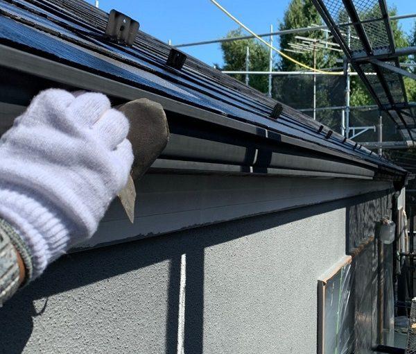 東京都世田谷区 外壁・屋根塗装等外装リフォーム 雨樋・水切り・エアコンホースカバーの塗装 (5)