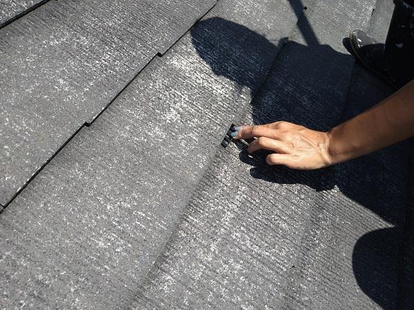 東京都世田谷区 外壁・屋根塗装等外装リフォーム 屋根・棟板金・雪止め下塗り 日本ペイント サーモアイシーラー タスペーサー設置 (3)