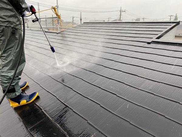 東京都練馬区 K様邸 屋根塗装 ブロック塀塗装 バイオ洗浄(高圧洗浄) 工程 (2)