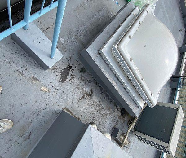 東京都世田谷区 Mビル 防水工事 屋上の劣化状況 天窓からの雨漏り (9)