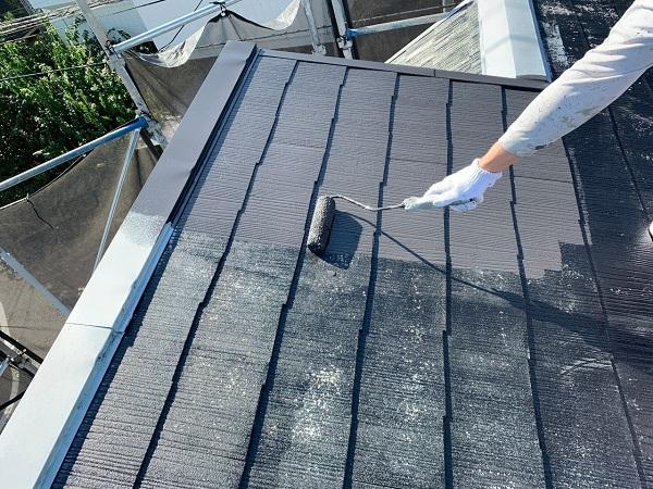東京都練馬区 K様邸 屋根塗装 ブロック塀塗装 中塗り 重ね塗りの理由 (3)