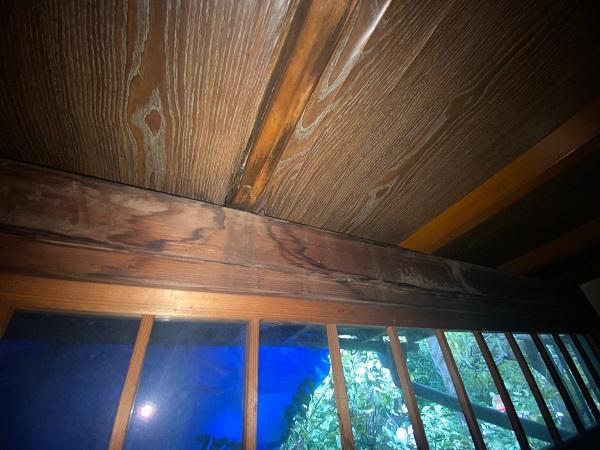 東京都豊島区 T様邸 屋根葺き替え工事 雨漏り 瓦棒屋根 施工前 (2)