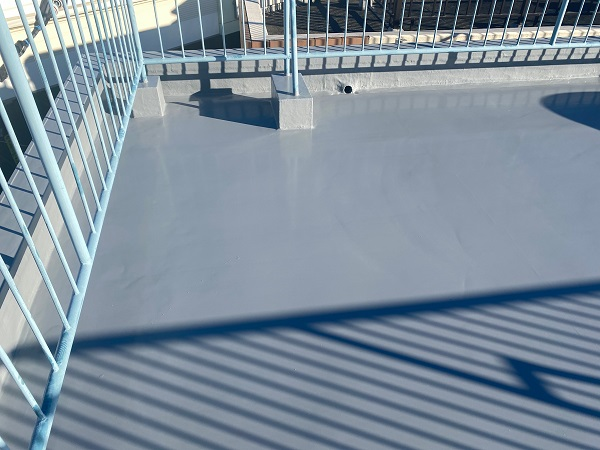 東京都世田谷区 Mビル 防水工事 施工方法の種類 ウレタン防水とは (5)