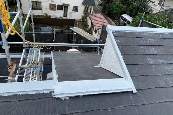 東京都練馬区 K様邸 屋根塗装 下塗りの重要な役割 手抜き業者の施工について (1)