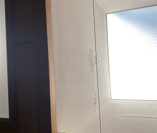 東京都世田谷区 Mビル 防水工事 雨漏りの応急処置 室内の被害状況 (4)