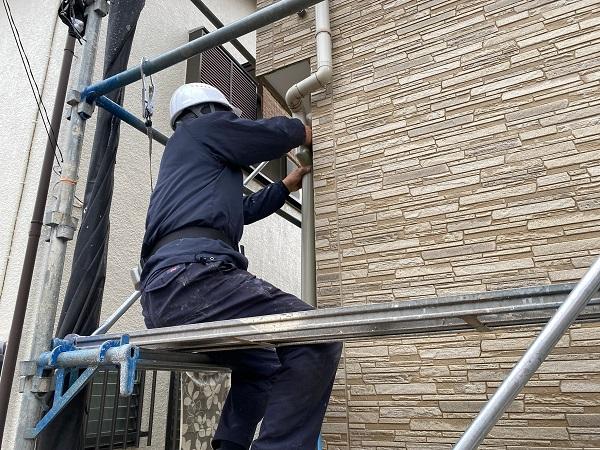 東京都中野区 K様邸 雨樋交換 足場組み立て 部分交換 火災保険を使った修繕工事とは (10)