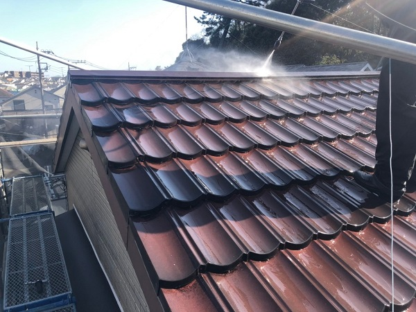 東京都大田区 N様邸 屋根塗装 下地処理 ケレン作業 高圧洗浄 (2)