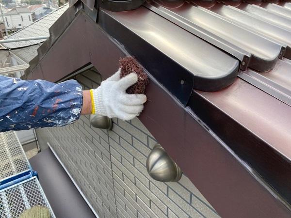 東京都大田区 N様邸 屋根塗装 下地処理 ケレン作業 高圧洗浄 (4)