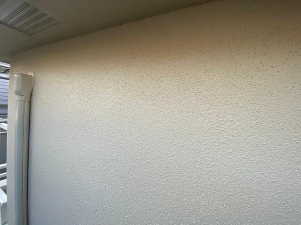 東京都杉並区 N様邸 屋根塗装・外壁塗装 モルタル外壁の塗装 工程 (2)