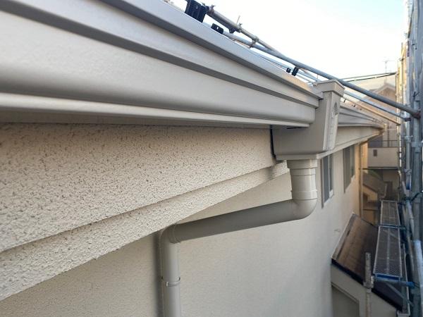 東京都杉並区 N様邸 屋根塗装・外壁塗装・付帯部塗装 雨樋、エクステリアライトの塗装 完工 (3)