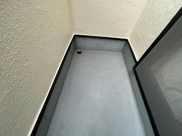 東京都世田谷区 B様邸 屋根塗装・外壁塗装・付帯部塗装・防水工事 軒天、ベランダの水切り塗装 (10)