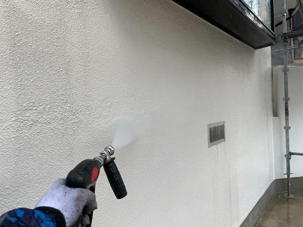 東京都世田谷区 B様邸 屋根塗装・外壁塗装・付帯部塗装・防水工事 足場設置 高圧洗浄 養生 (7)