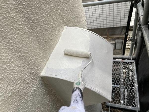 東京都世田谷区 B様邸 屋根塗装・外壁塗装・付帯部塗装・防水工事 出窓の屋根、換気フード塗装 (2)