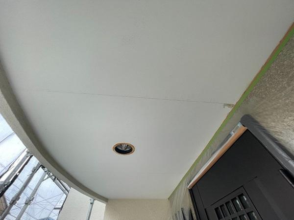東京都世田谷区 B様邸 屋根塗装・外壁塗装・付帯部塗装・防水工事 軒天、ベランダの水切り塗装 (3)