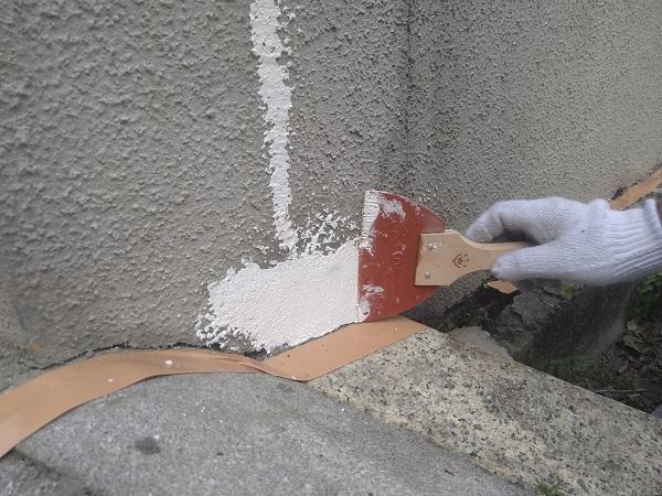 東京都新宿区 M様邸 基礎補修 シーリング工事 ひび割れ(クラック)の補修 シーリングによる補修 (6)